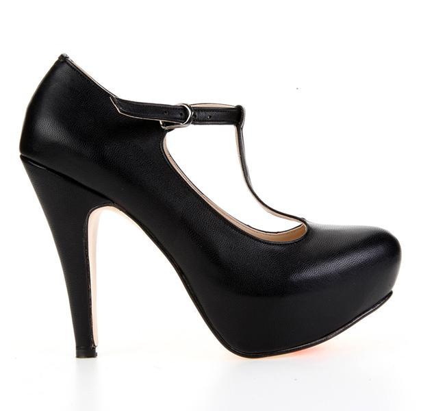 Son olarak bilekten bağlı bu platform ayakkabıyla kombininizi tamamlayabilirsiniz.