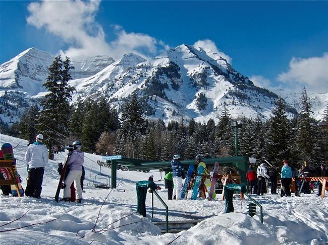 Park City ve Wasatch Dağları, Utah, ABD  Kış olimpiyatlarına ev sahipliği ediyor.