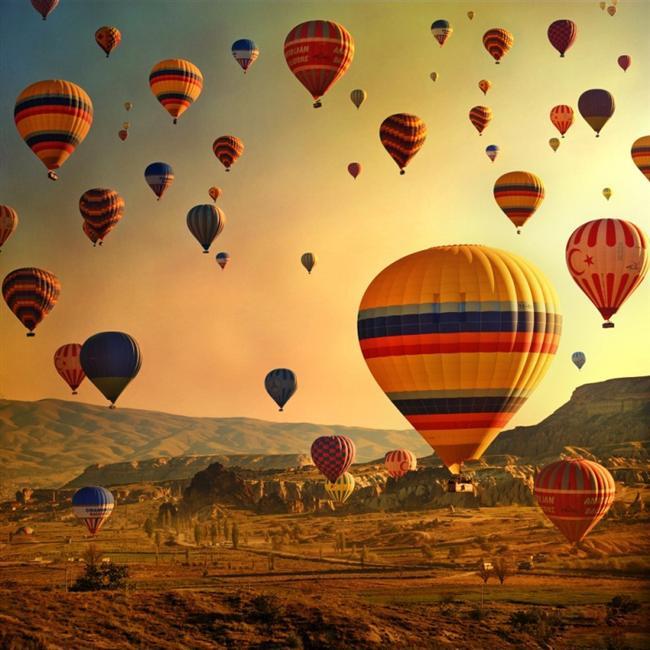 Kapadokya, Nevşehir  Bir balonun üstünde kendinizi ne kadar özgür hissediyorsanız, Kapadokyaya gittiğinizde de kendinizi o kadar özgür ve huzurlu hissedeceksiniz...