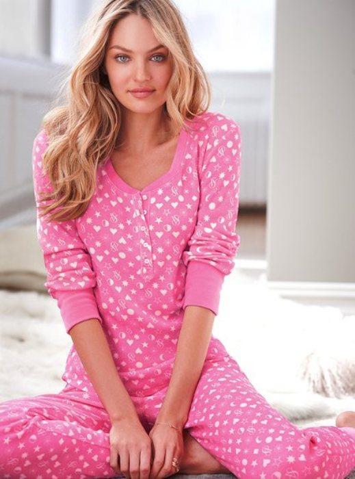 Ev keyfi yaparken giyebileceğiniz pijamalar - 7