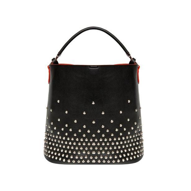Metal zımba süslemeli shopper çanta botunuz ile mükemmel bir uyum yakalayacak