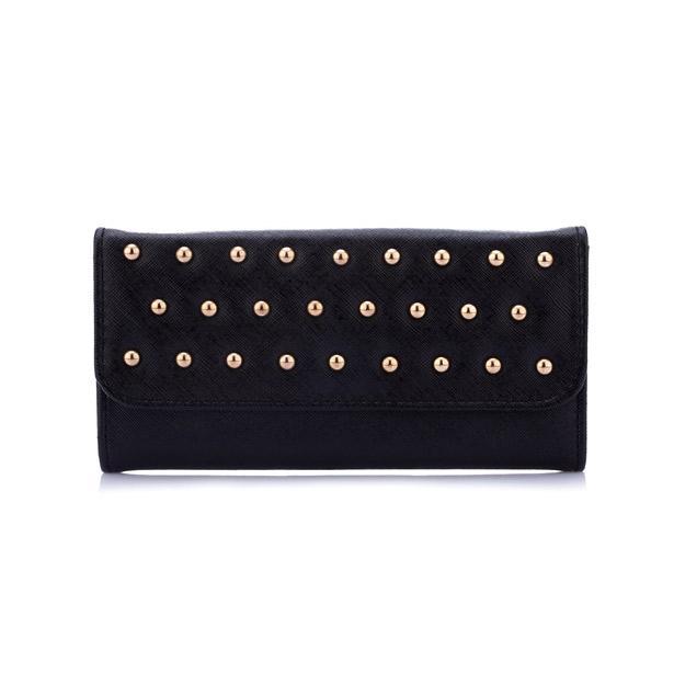 Altın rengi zımba işlemeli siyah çanta ile botunuzla uyum sağlayın