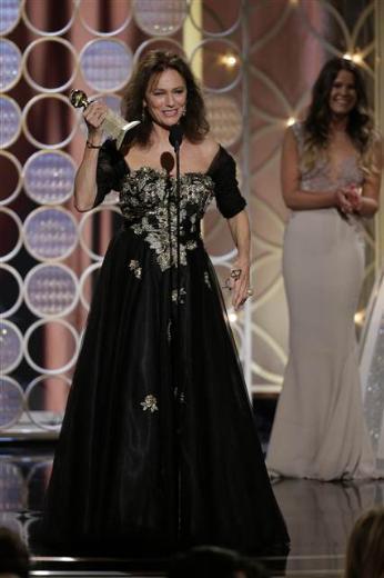 Gecenin şaşırtan teşekkür konuşmasını emektar oyuncu Jacqueline Bisset yaptı.