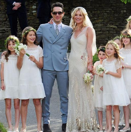 Çift, 2011 yılında çok konuşulan bir törenle evlendi.