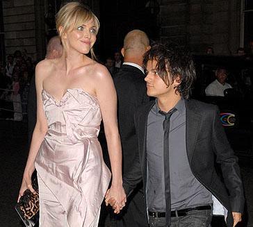 Karısından daha kısa boylu ünlülerden biri de Jamie Cullum. Onun boyu, 1.63 cm. Eşi Sophie Dahl ise 1.80 cm.