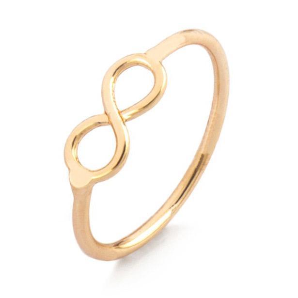 Sonsuzluk simgeli ince rose yüzüğü baş parmağınıza kullanabilirsiniz