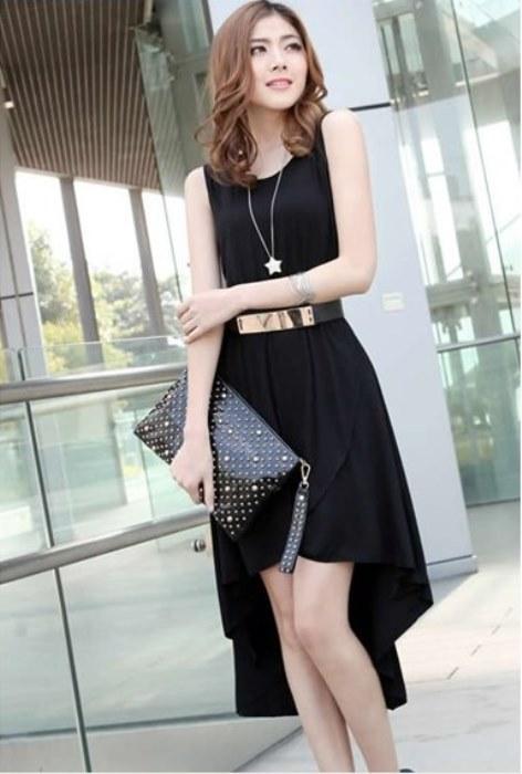 Asimetrik kesimli  siyah elbise