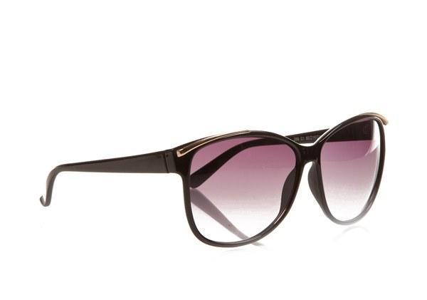 Stilinize hava katacak güneş gözlüğü