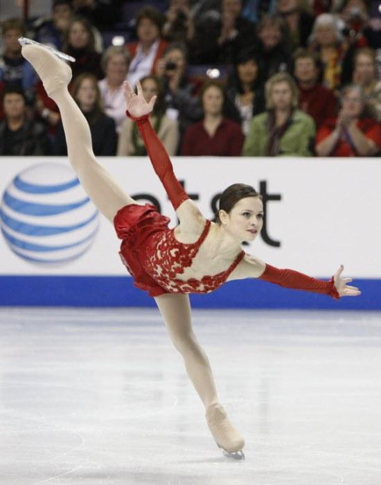 """Alexandra Pauline """"Sasha"""" Cohen-ABD  2004-2006 yılları arasında Dünya Şampiyonasına katılmış olan Alexandra, iki gümüş ve bir bronz madalya sahibi olmuştur."""