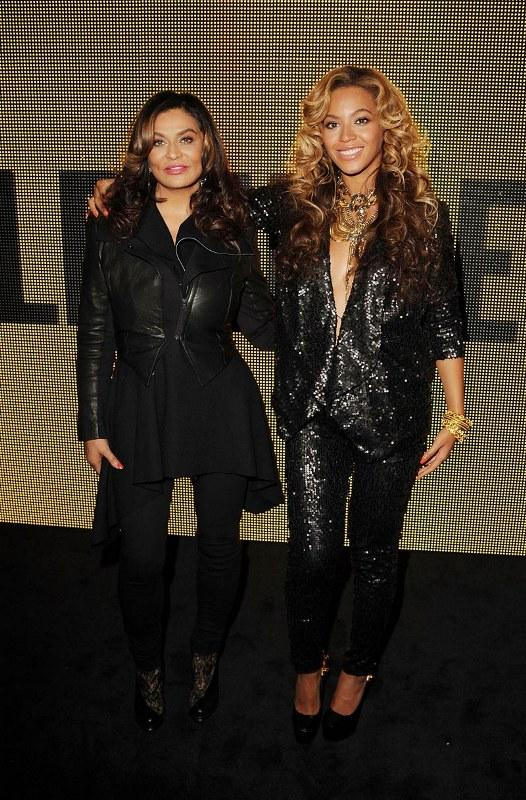 Beyonce Knowles ve annesi Tina Knowles