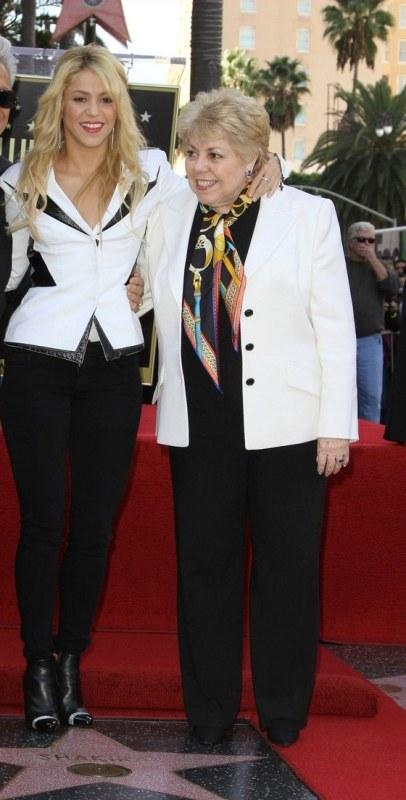 Shakira ve annesi Nidia Ripoll