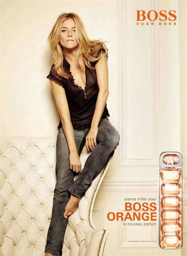 Hugo Boss- Orange Femme  Güçlü karaktere sahip, şehirli modern kadının kokusu. Boss Orange tutkulu bir feminenliği çağrıştıran notalarıyla erkekleri baştan çıkarıyor. Hugo Boss Orange notaları: Üst notalarda elma; orta notalarda beyaz çiçekler, Afrika portakal çiçeği; alt notalarda sandal, zeytin ağacı ve vanilya.
