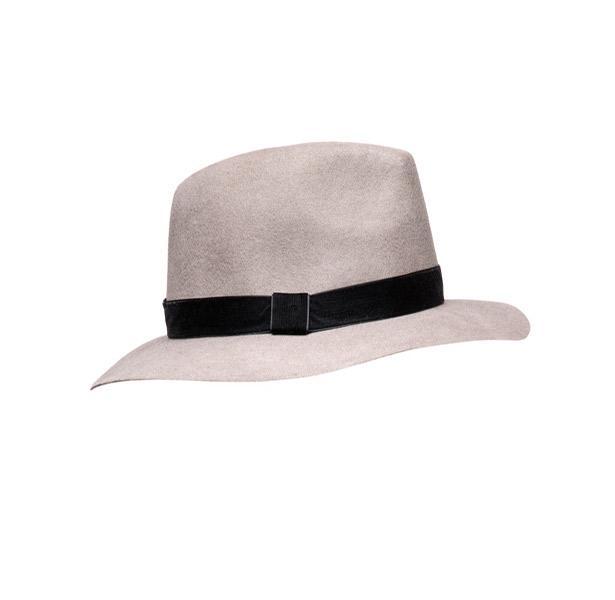 Stilinize hava katacak şapka