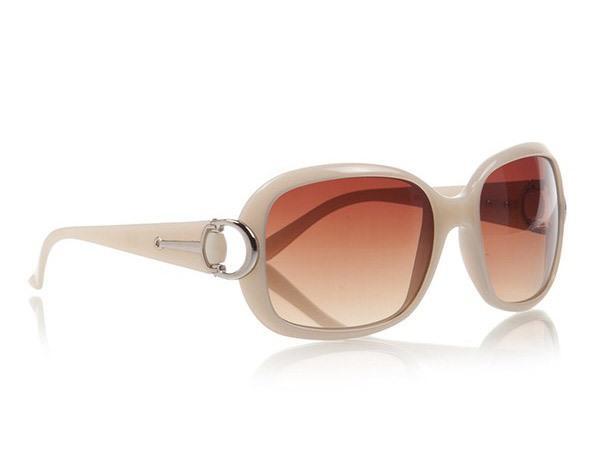 Krem rengi güneş gözlüğü