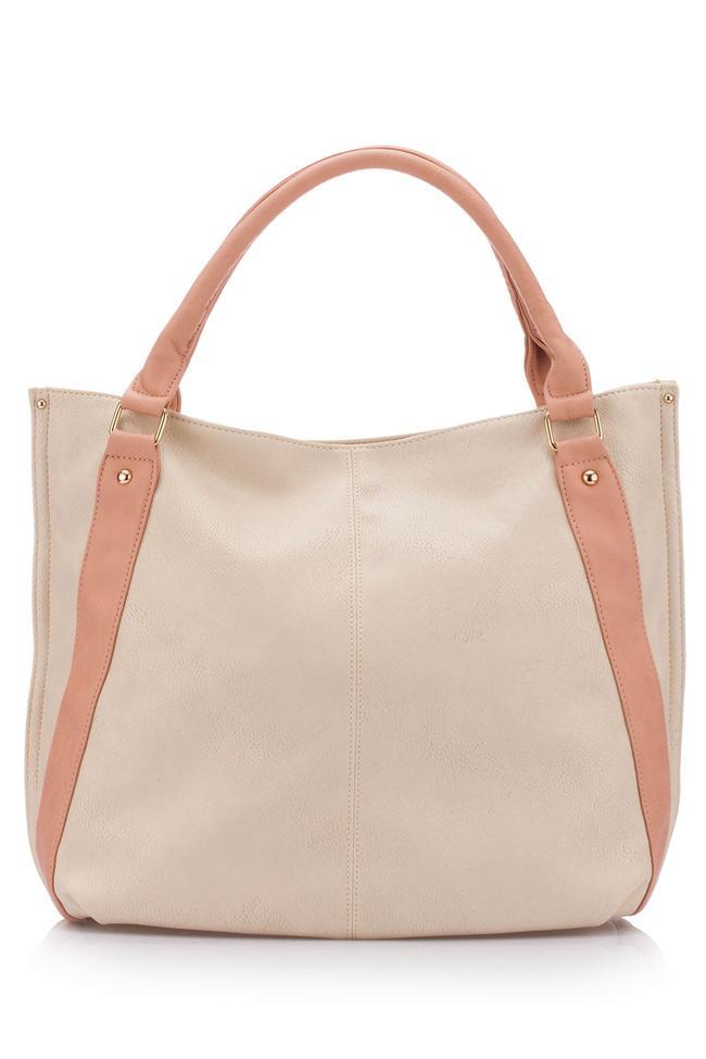 Somon rengi bu çanta stilettolarınız ve ceketinizle uyum sağlayacak