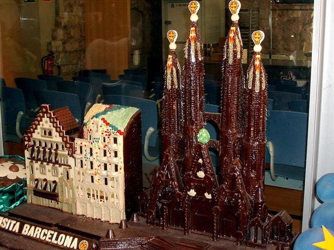 Barcelona  ünyanın en eski çikolata markaları arasında yer alan Museo de La Xocolata, Barcelona çıkışlıdır. Chocolate a la Taza ve Chocolates Amatller gibi eski markalar da yine Barcelona'da yer alır.
