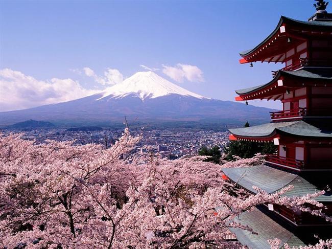 Gezginler için Nisan ayında görülebilecek en uygun ülkeleri seçtik. İşte Nisan için yurtdışı planı yapanlara en iyi tavsiyeler…  Japon adaları  Japon Adaları'nda kiraz ağaçları nisan ayından itibaren çiçek açmaya başlıyor ve sakuralar muhteşem güzellikler yaşatıyor. Bu ayda özellikle tercih edilen Japon adaları, turistler tarafından yoğun ilgi görüyor.
