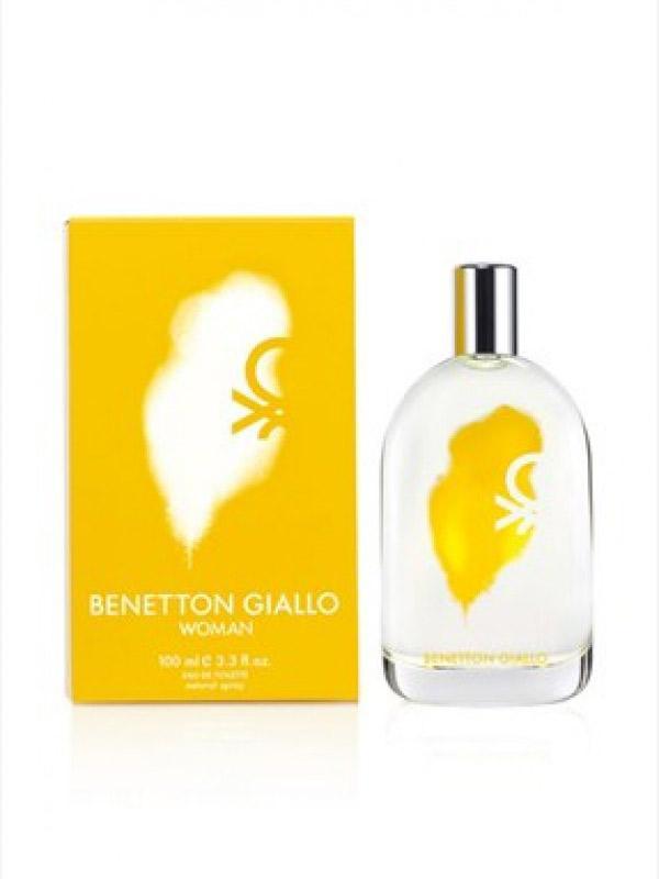 Son olarak size çarpıcı bir hava katacak bu parfüm ile stilinizi tamamlayın...  Artık stil sahibi bir Mahmure kadını olarak haftaya hazırsınız!