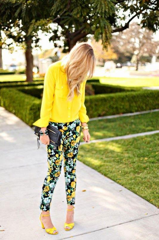 Sarı gömlek ve ayakkabı