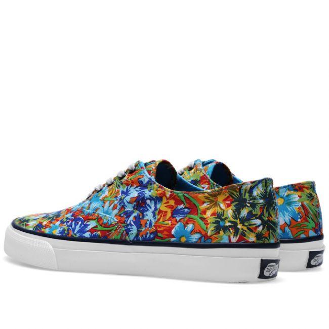 Sneakerlarda floral etki - 6