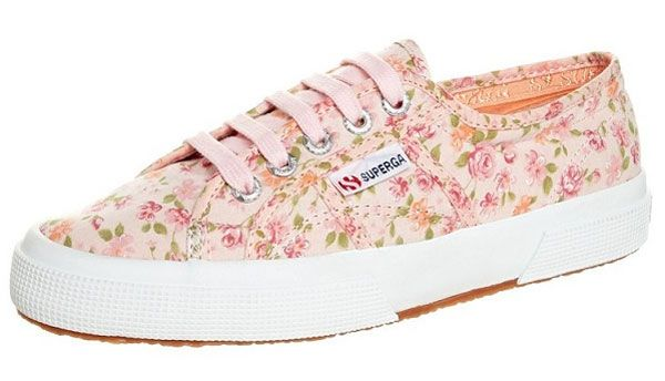 Sneakerlarda floral etki - 7