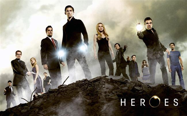 HEROES (KAHRAMANLAR)  Süper güçleri olan insanların maceralarını konu alan sürükleyici dizidir. Genel olarak normal bir hayat sürmek istemeleri ana konu gibi gözükse de kötülüklere karşı savaşmak her fantastik yapım gibi Heroes'un da vazgeçilmezi...İlk bölümü 4 Mart 2007'de yayınlanmıştır.
