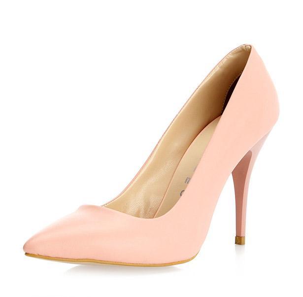 Ayakkabınızı, çantanızla benzer renklerde seçmenizi öneriyoruz