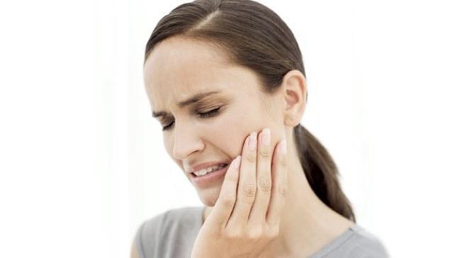 Oğlak   Vücutlarının hassas kısımları kemikler ve deridir. İskelet sistemi, dişler, eklemler, diz kapağı ve çeşitli ortopedik sorunları olabilir. Romatizma ağrıları çekebilirler. Deri hastalıkları, egzama, çıban, sivilce görülebilir. Aşırı sabır mide rahatsızlıklarına yol acar. Mide asiti çok salgılanır.