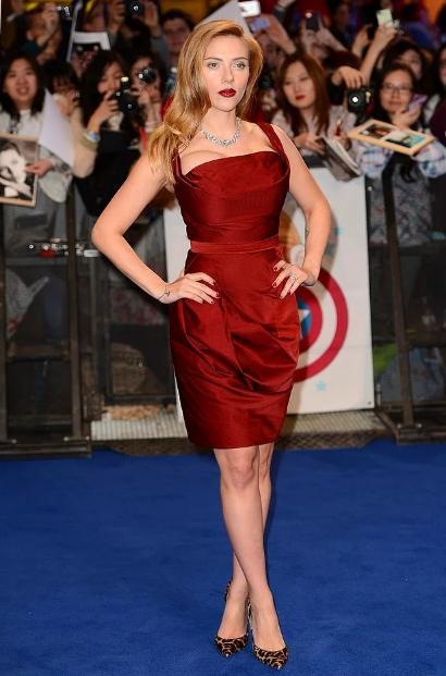 Scarlett Johansson - 1,60 m