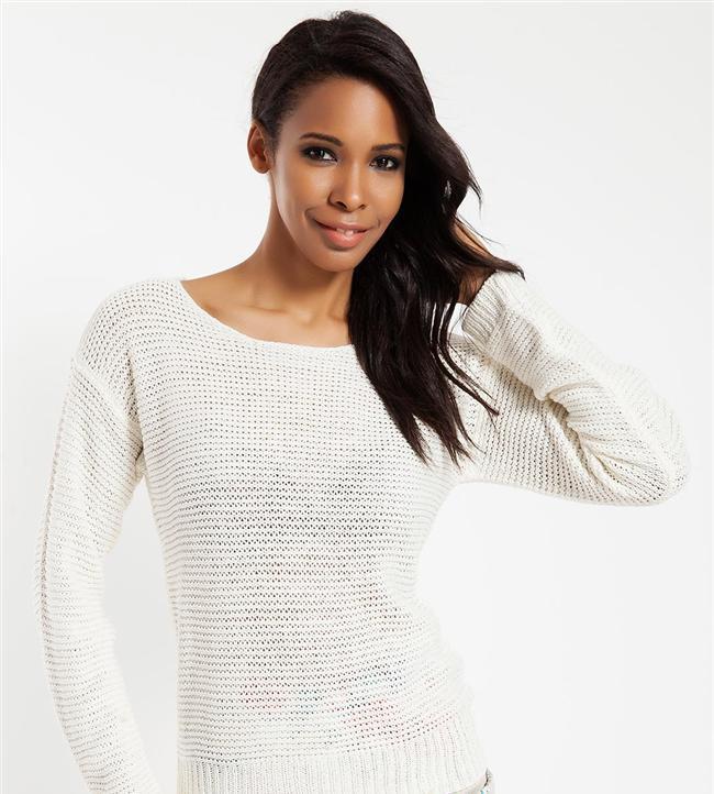Örgü modelli beyaz bluz