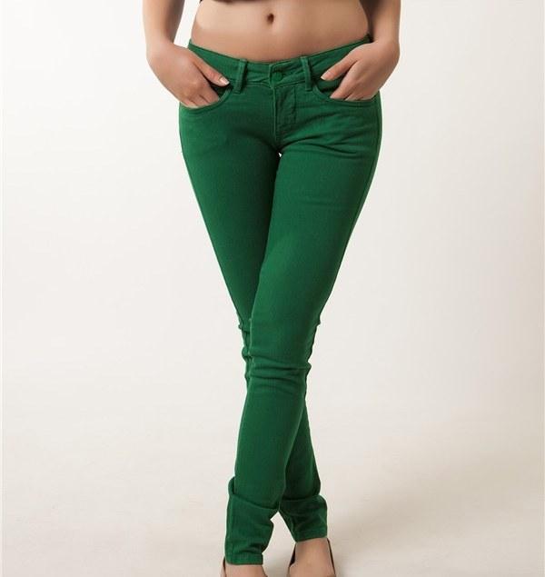 Yeşil dokuma pantolon