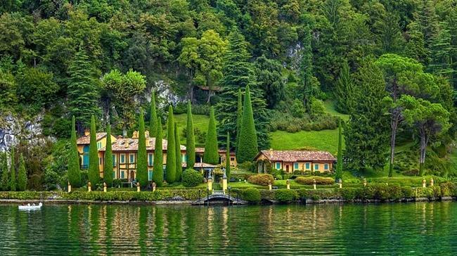 2- Lake Como