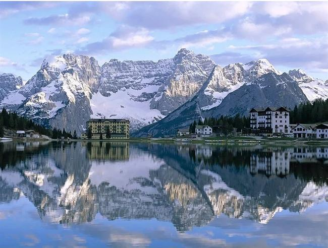 21- Misurina Lake