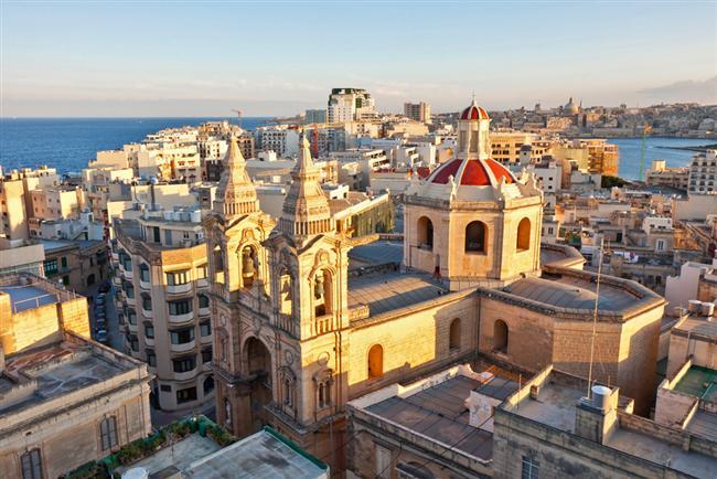 Yunanistan, İtalya karışımı bir havası ve mimarisi!