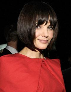 Katie Holmes 36 yaşında ama burada saçları 42 yaşında!