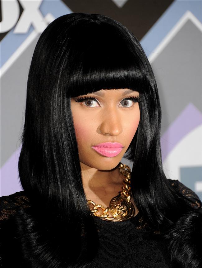Nicki Minaj  Kolyeler hanımların güzel kombinlerinin zarif ve nadide tamamlayıcı takılarındandır. 2014 yılının trend kolyelerini sizler için derledik...