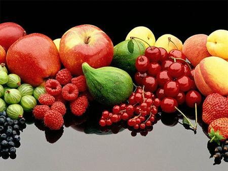 Bunun önemli bir nedeni, vitaminlerin yanı sıra taklit edilemeyen bir çok provitamin, antioksidan, aromatik bileşiklerin sebze ve meyvelerde yer alıyor olması.