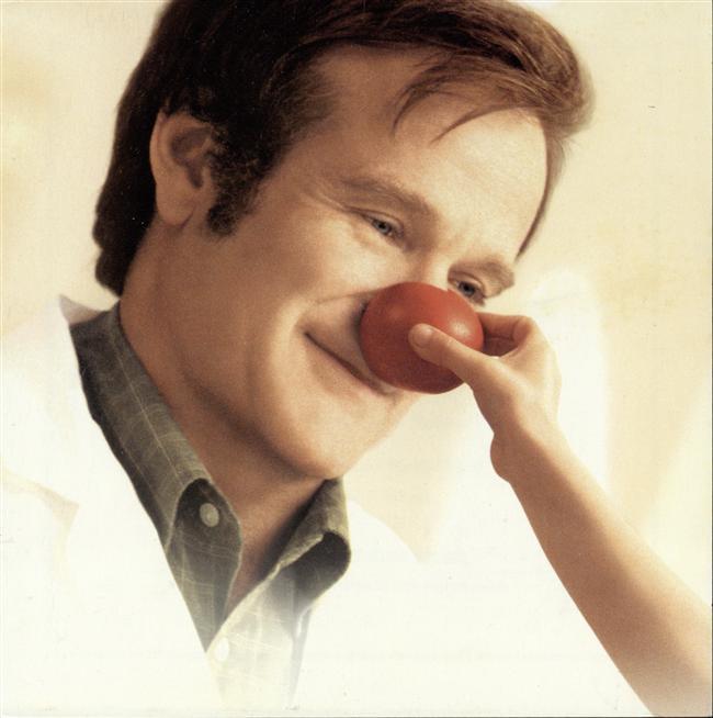 Avril Lavigne   Huzur içinde yat Robin Williams. Çok üzgünüm. Yeteneğinle birçok insana dokundun.