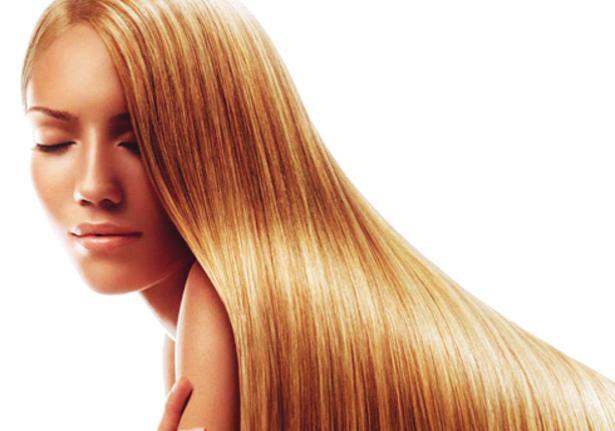 7. Güzel ve gösterişli olun!  Saçınızın güzel ve gösterişli olabilmesi için önce ona iyi davranmayı öğrenmeniz gerekiyor. Bunun için saçınızı yıpratacak, özellikle de ısı uyguladığınız işlemlerden mümkün olduğunca uzak durun. Badem yağı ve çilek özlerinin tazeleyici ve anti-oksidan gücünden yararlanabilirsiniz. Saç maskesiyle saçınızın yenilenmesini ve eskisinden daha parlak görünmelerini sağlayabilirsiniz.Tüm bu saç bakım kolaylığına  Oriflame Nature Secrets Badem Yağı ve Çilek Özlü Seri  ile ulaşabilirsiniz.  Doğal İçeriklerle Haftanın 7 Günü Güzel Olmak İçin Hazırsınız...