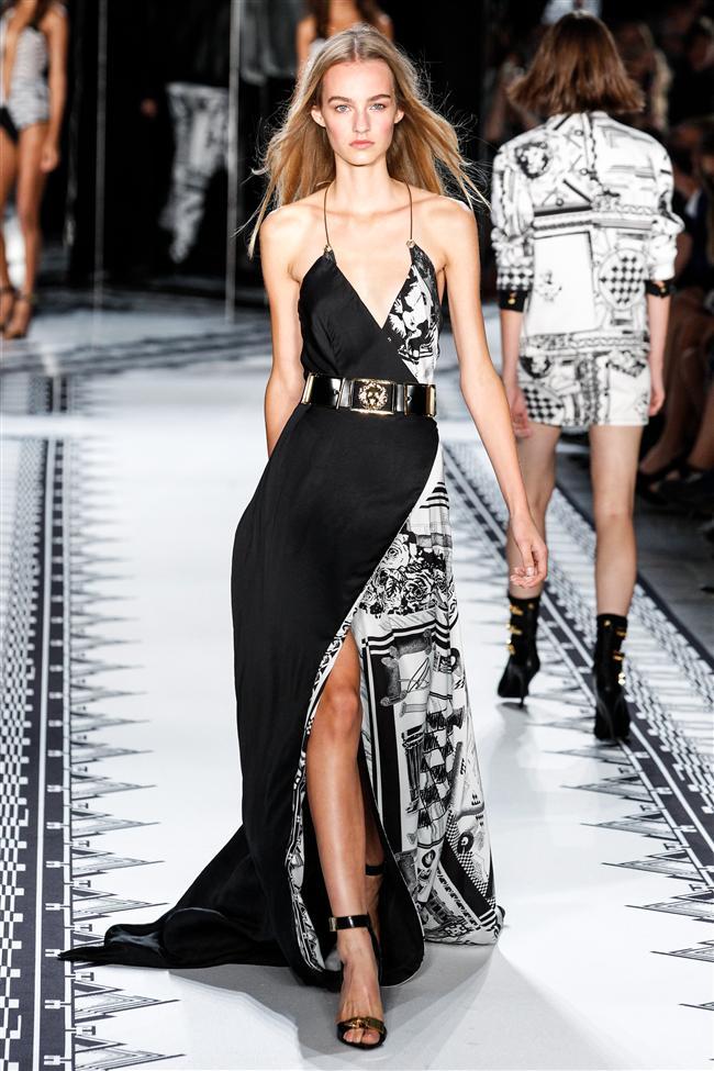 Versace 2015 İlkbahar-Yaz Koleksiyonu - 12