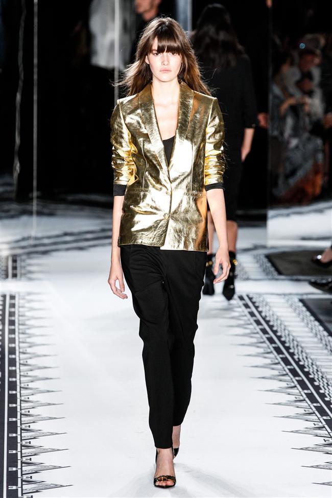 Versace 2015 İlkbahar-Yaz Koleksiyonu - 13