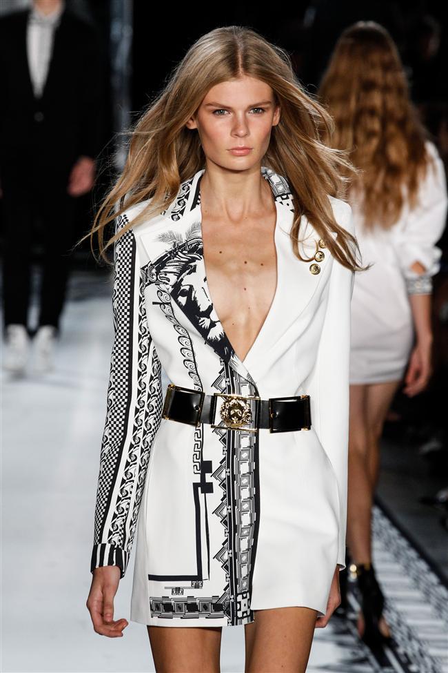 Versace 2015 İlkbahar-Yaz Koleksiyonu - 25