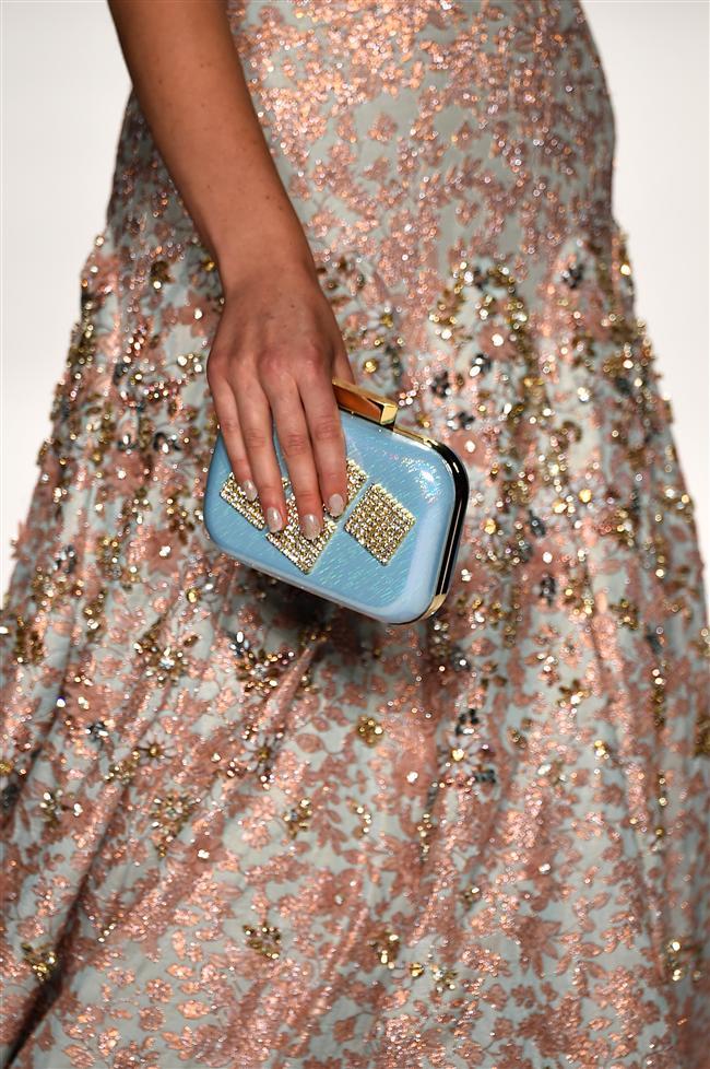 New York Moda Haftası'nda dünyaca ünlü markaların 2015 ilkbahar-yaz koleksiyonları sergilendi...