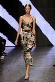 Donna Karan 2015 İlkbahar-Yaz Koleksiyonu - 2