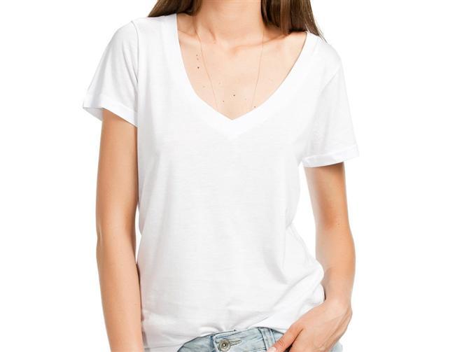 Derin v yaka beyaz kadın t-shirt