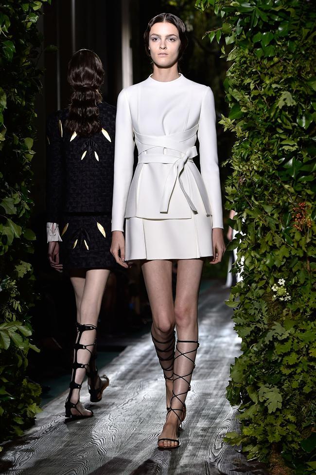 İşte tüm detaylarıyla 2014 Valentino Sonbahar Haute Couture Defilesi...