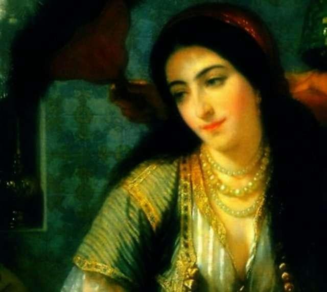 Venedik'te Osmanlı arşivlerinde saklı diplomatik yazışmalara göre Nurbanu Sultan eski vatanına Osmanlı sarayından bile hizmet vermektedir. Hatta bir savaşı da engellemiştir.   Eşinin saltanatı dönemindeki etkisi, oğlunun saltanatında da artarak devam eder.