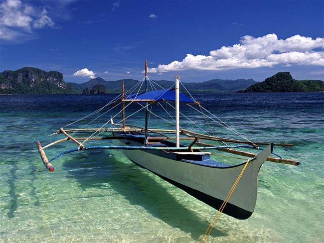 5. Tropik bir cennet: Filipinler  Tatil cenneti Filipinler, Türkiye pasaportuna 21 günlük girişlerde vize istemiyor. Dünyaca ünlü Boracay Adası ise son yılların gözde destinasyonları arasında yer alıyor. Gerçekliğine inanılamayacak kadar güzel zümrüt yeşili dağlar ve turkuaz denize sahip kumsallarda tropik içkilerin keyifle yudumlanacağı bir tatil yeri.