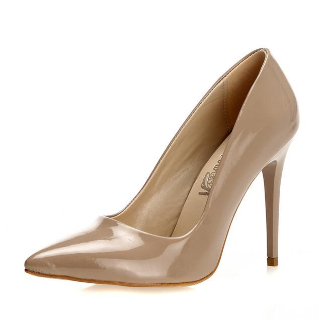 Bej Klasik Topuklu Ayakkabı