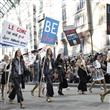 Chanel Defilesinde Protesto - 7